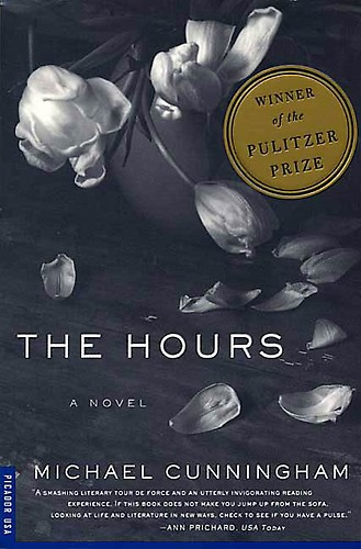 Front paperback cover of Cunningham's The Hours